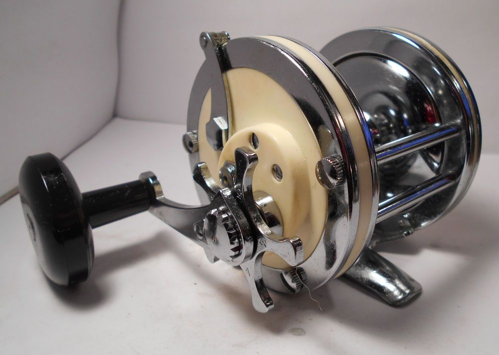 Vintage garcia mitchell 622 saltwater conventional fishing for Mitchell fishing reels