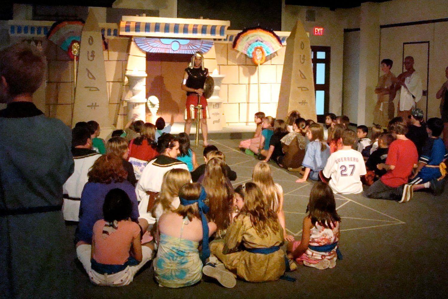 Archaeologist Bible Kids Stories