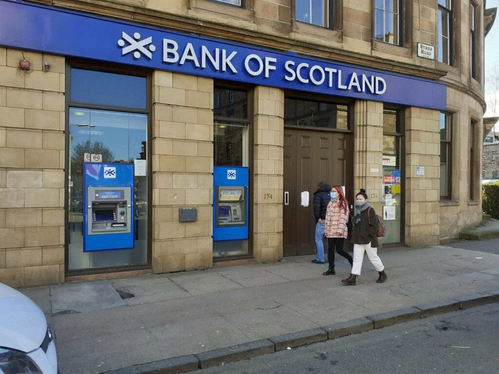 Bank Of Scotland Bank Of British In 2020 Scotland Banking Services Lloyds Bank