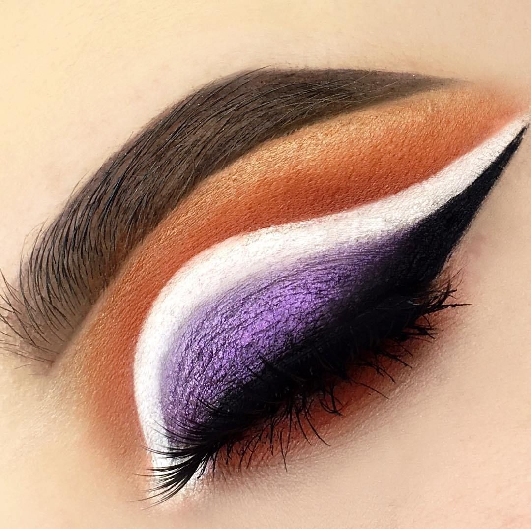 The Graham palette, So Marshmallow GELato, Jammed So Icy Illuminator, Black Milk GELato, Brown BROWnies, Eyelash Icing Mascara - eye makeup #makeup ideas #eyemakeup #eyeshadow