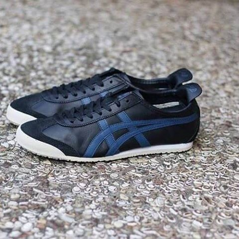 buy online 2669f 0642e Onitsuka Tiger Mexico 66: Black/Poseidon | Sneakers ...
