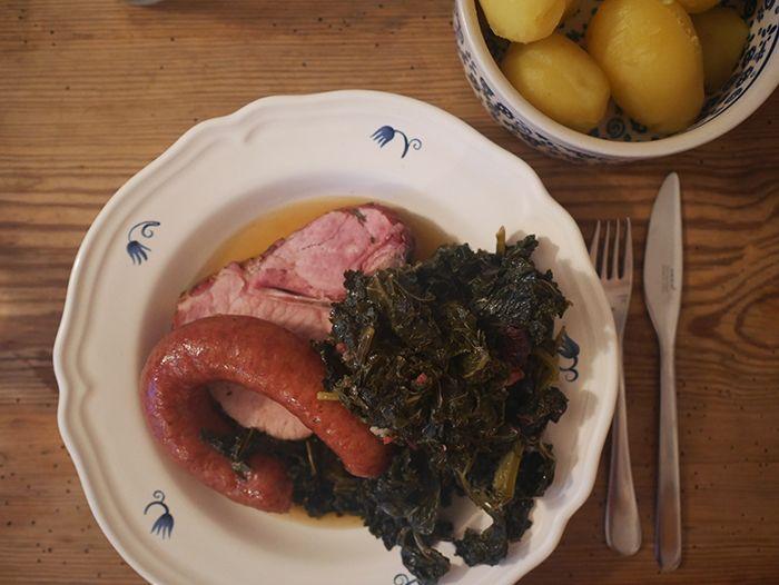Herbstküche, Winterküche, Hausmannskost, Grünkohlrezept, Grünkohl klassisch, Norddeutsche Küche, nordisch kochen, Rezept für Grünkohl, frischer Grünkohl,
