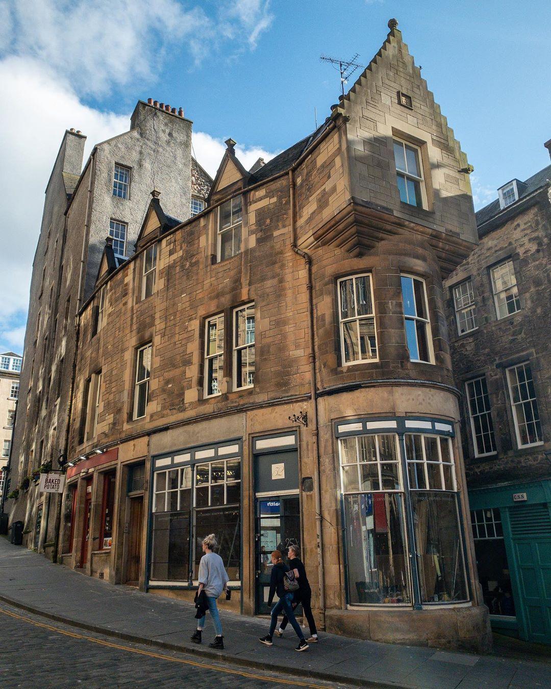 582 mentions J'aime, 2 commentaires - Edinburgh Photos   Scotland (@edinburgh.photos) sur Instagram:
