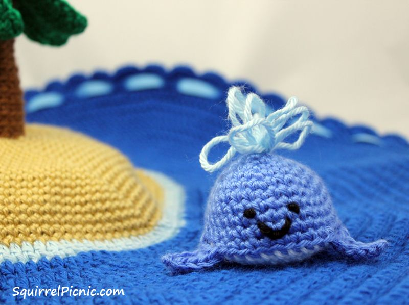 How to make a play mat. Island Play Set with Ocean Animals - Step 10