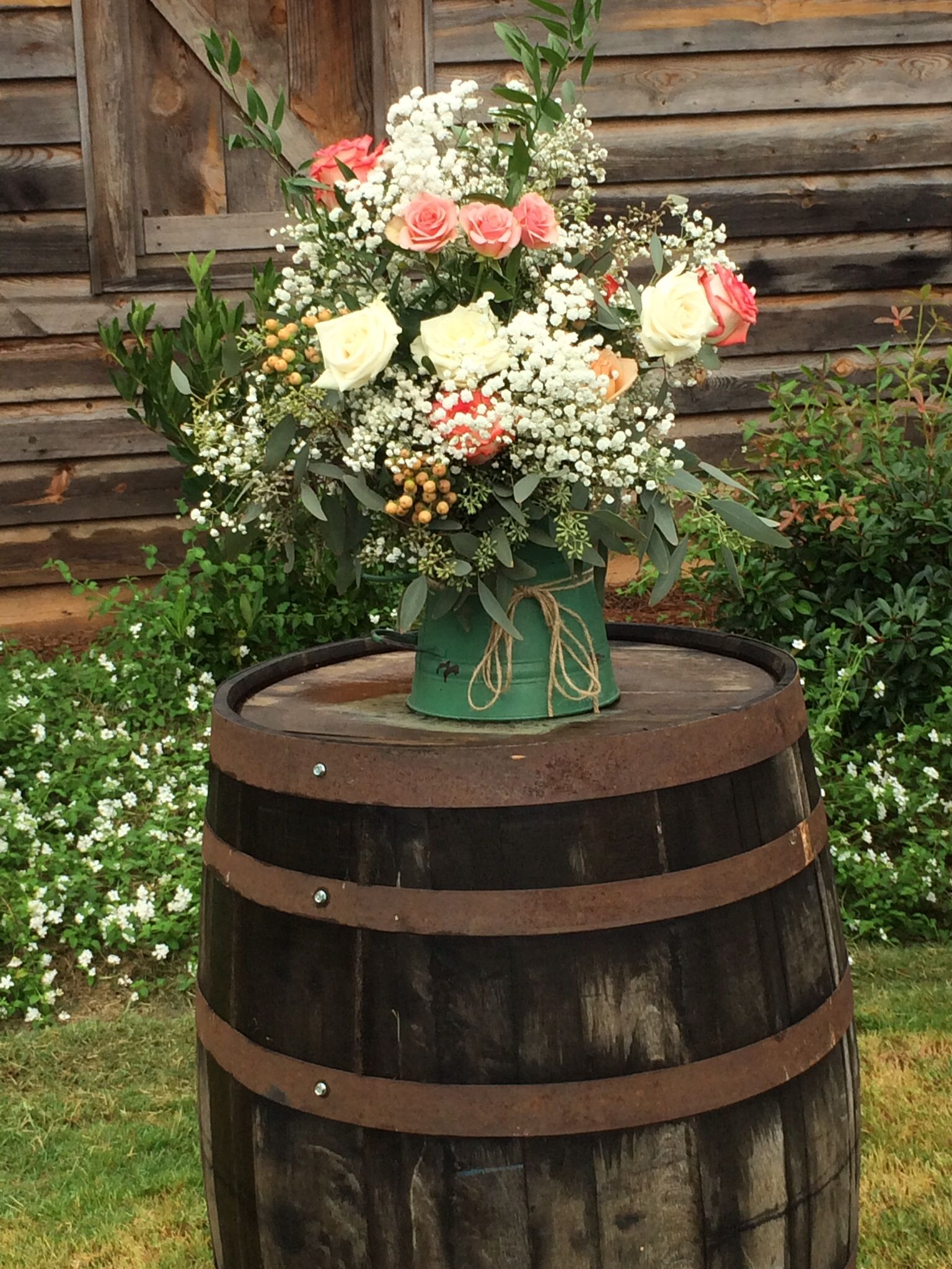 Rustic roses daisies and details floral portfolio pinterest