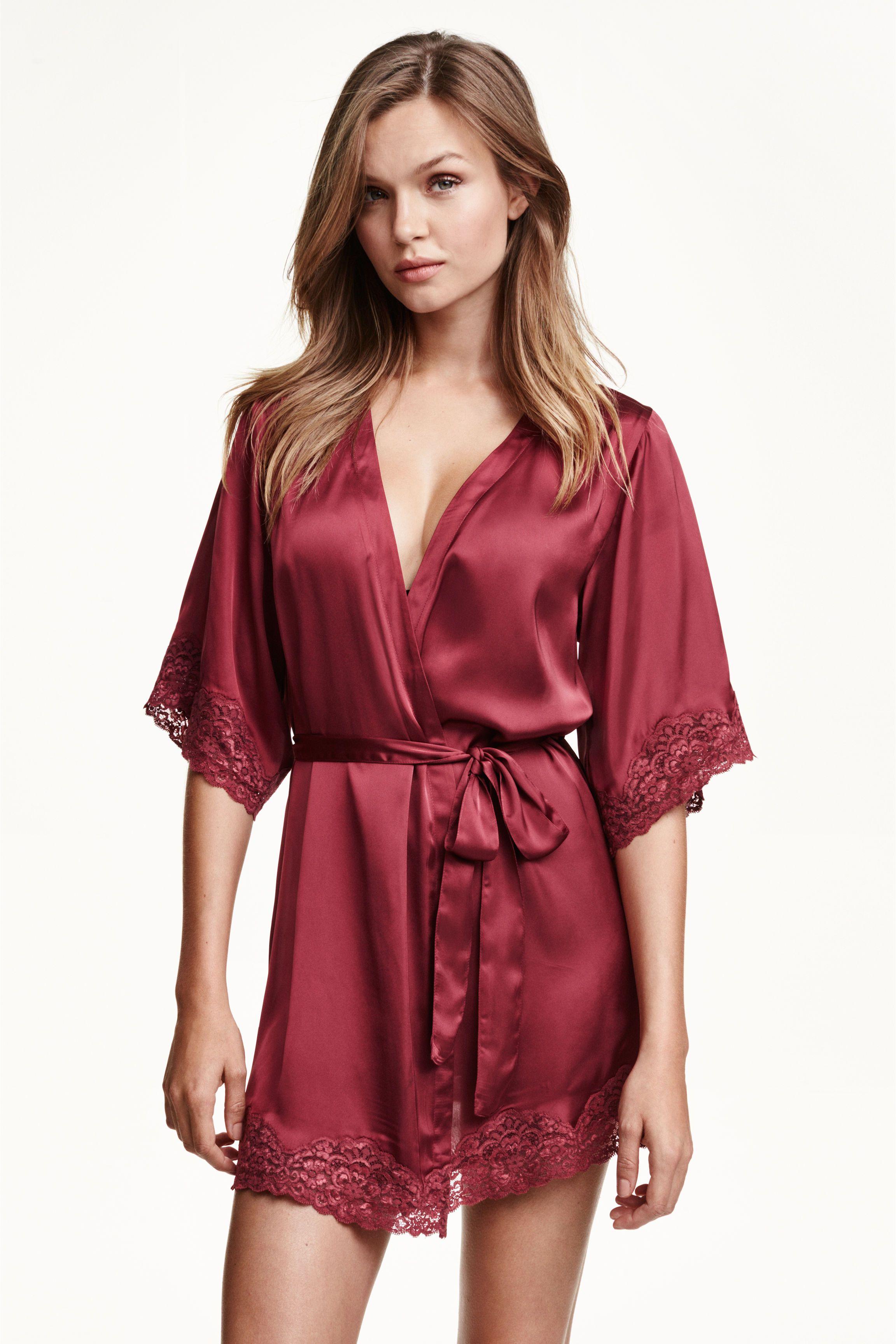 énorme réduction adb8a 92cdb Satynowe kimono | H&M | Quick Saves | Vêtement de nuit ...