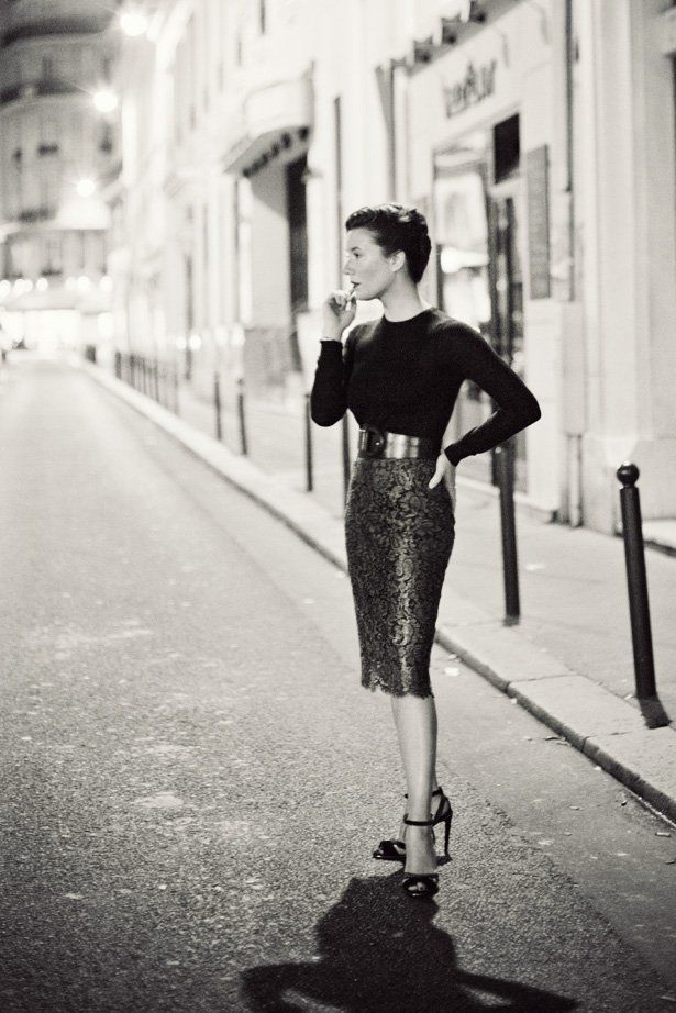 This woman is the blogger that made a beautiful post about Ralph Lauren in Paris.