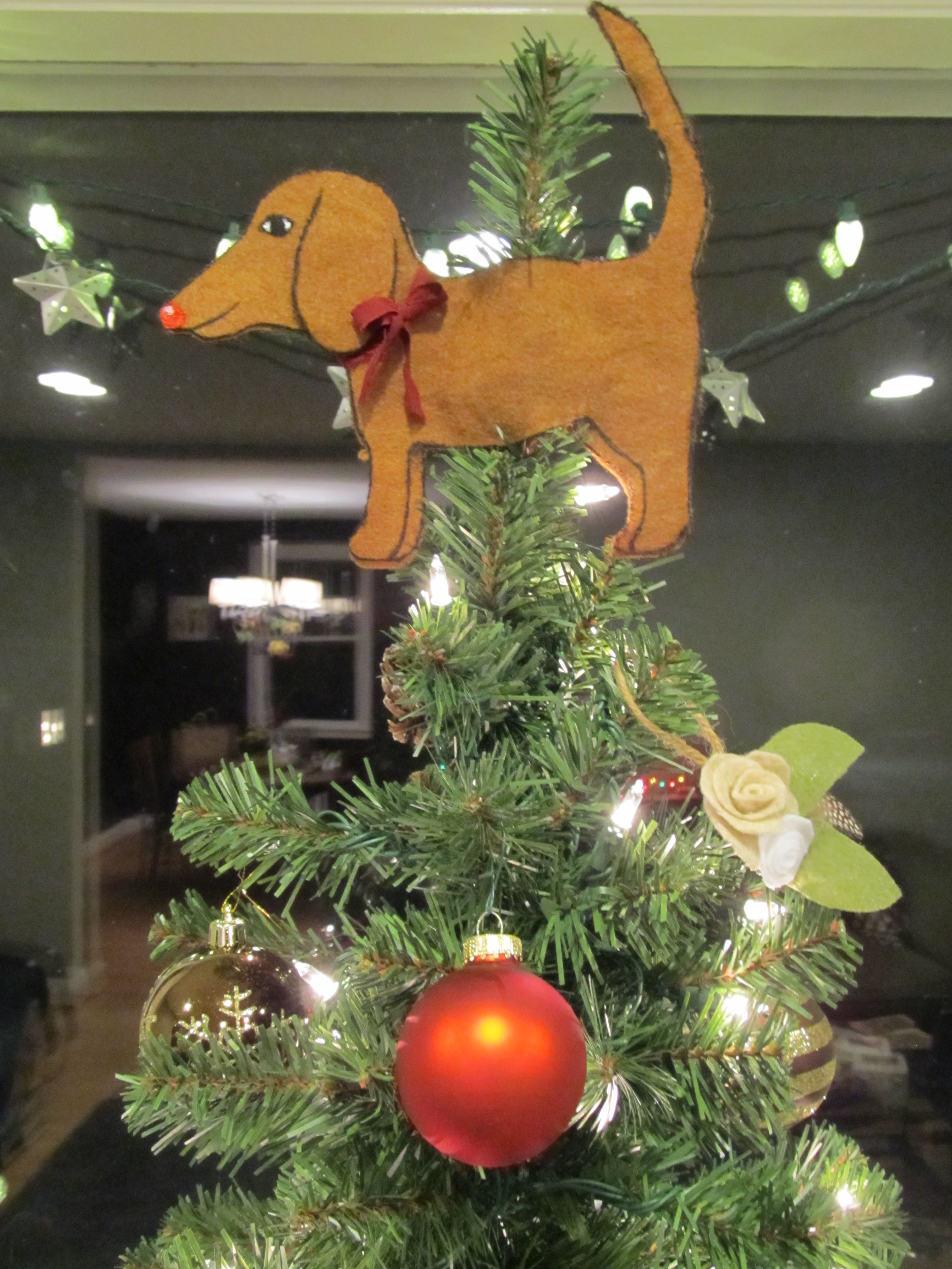 DIY Edmund the Dachshund Treetopper because its so much better than