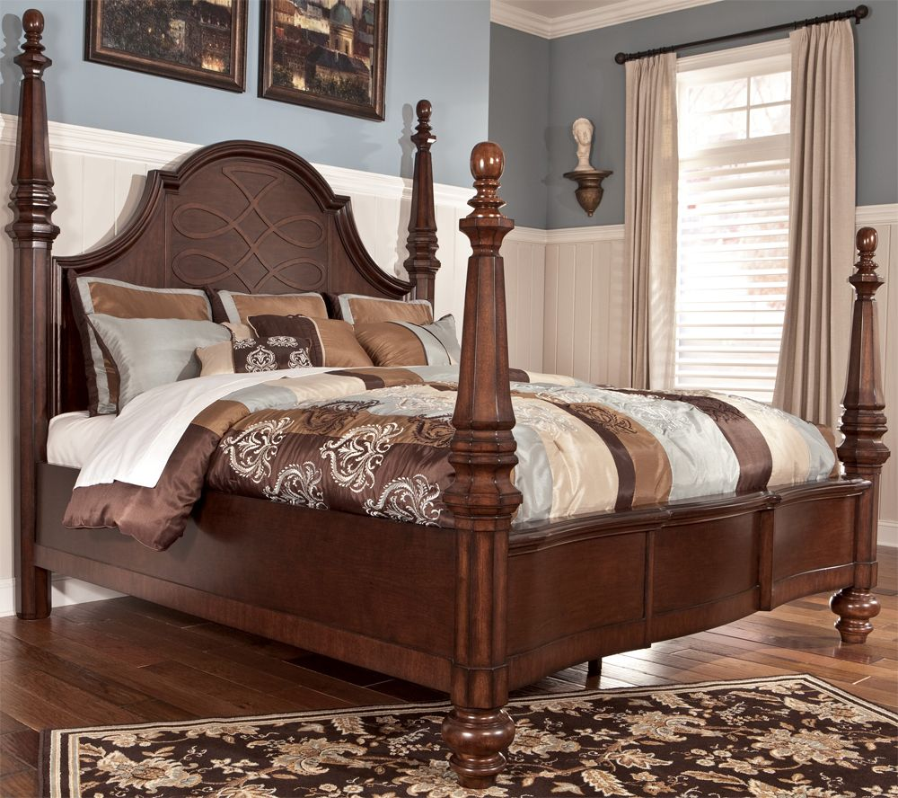 Flemingsburg King Poster Bed By Signature Design Tenpenny