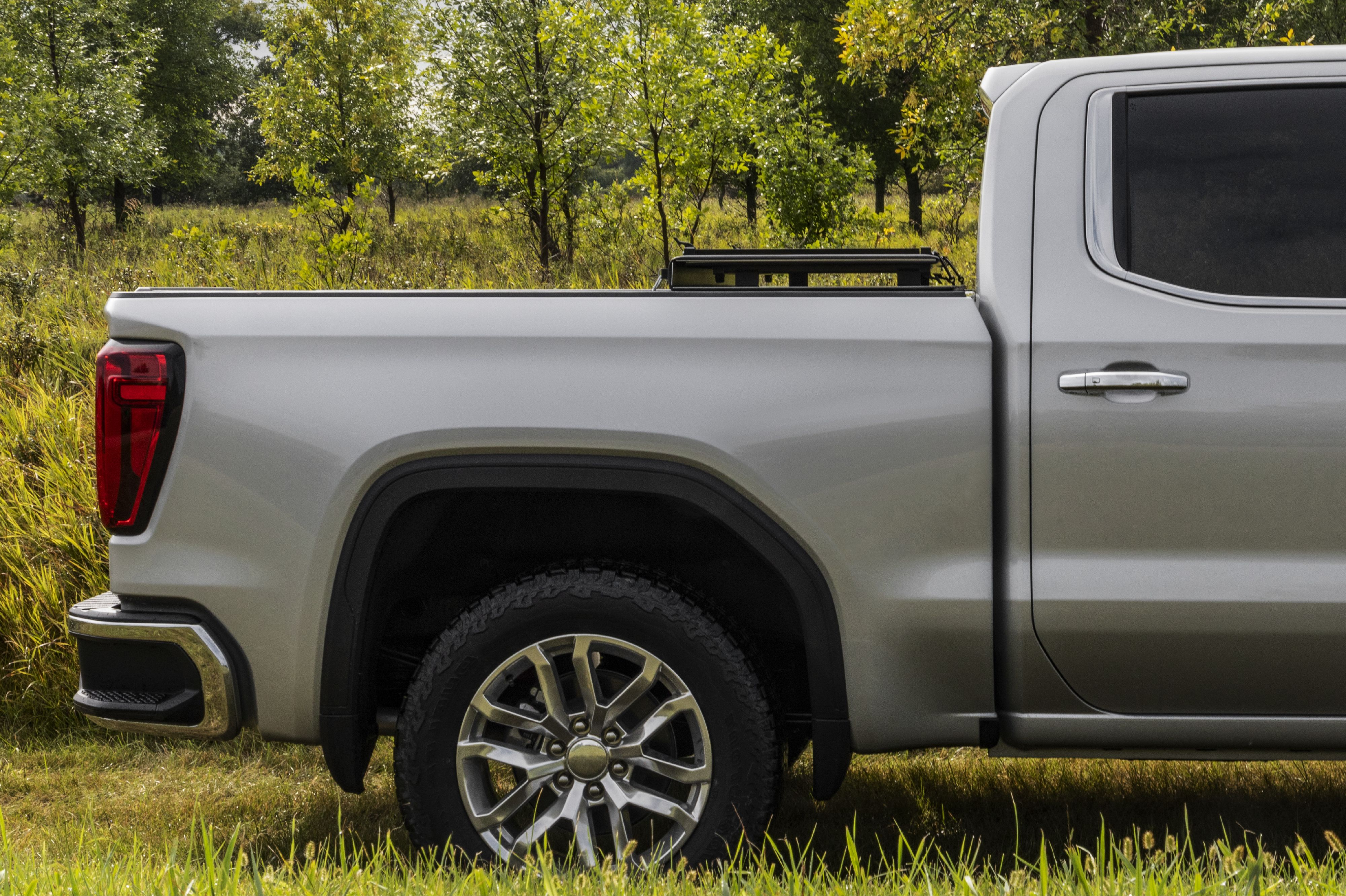 Dependability Delivered Daily Lomax Hard Tri Fold Cover Tonneau Cover Hard Tonneau Cover Truck Bed Covers