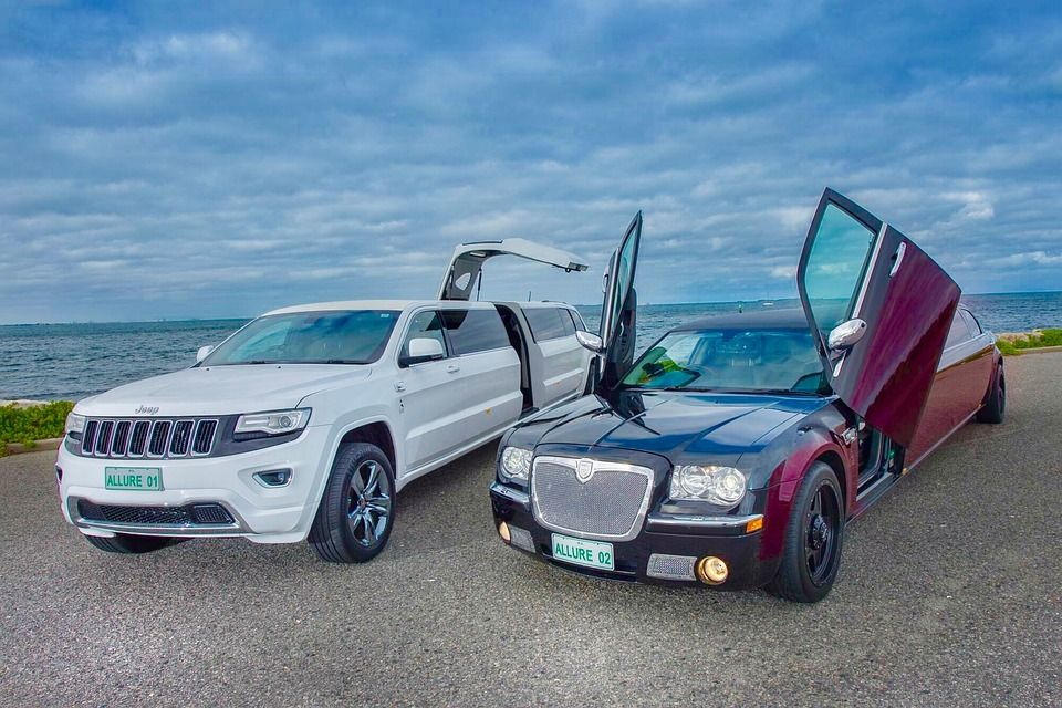 Corporate Limo Ontime Pickups From Your Office Or