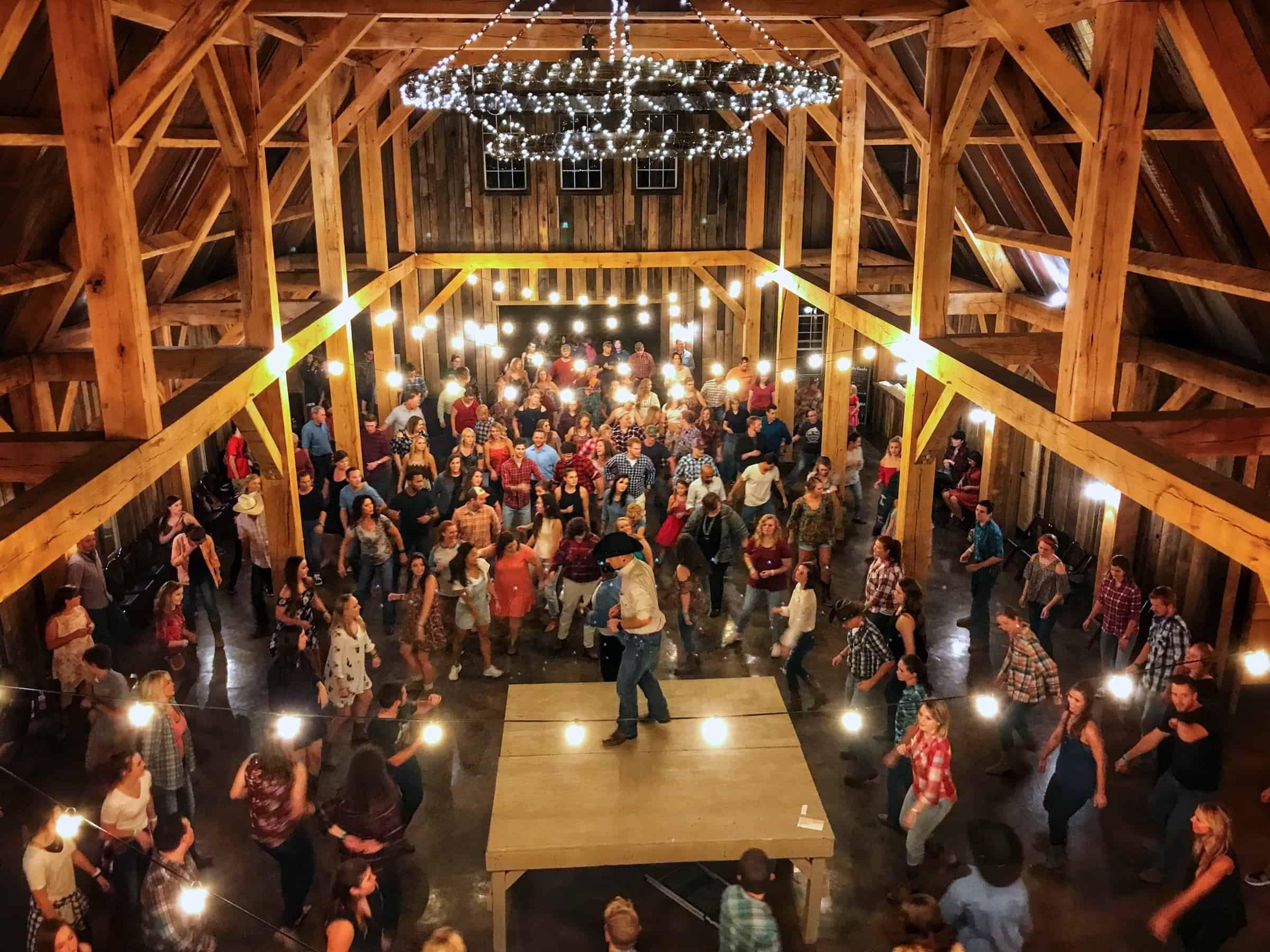Barn Dances Sycamore Creek Family Ranch Barn Dance Ranch Romance Barn