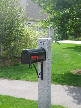 Woodbury Gray Thermal 2 Rock Face 2 Mailbox Post With