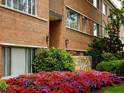 252d4f0253a32df348d750abece8ab96 - Monticello Gardens Apartments Falls Church Va