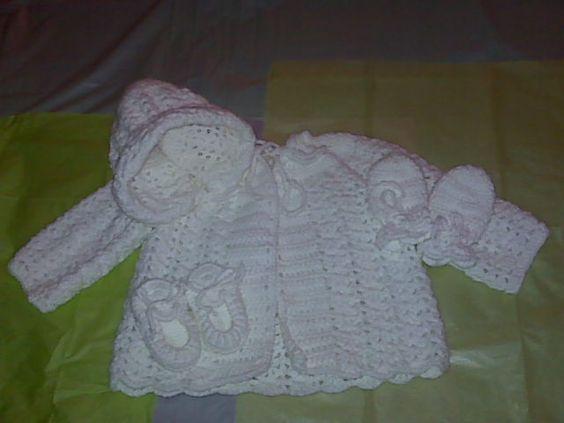 Baby sweater set. Free crochet pattern. - Crafts - Free Craft | baby ...