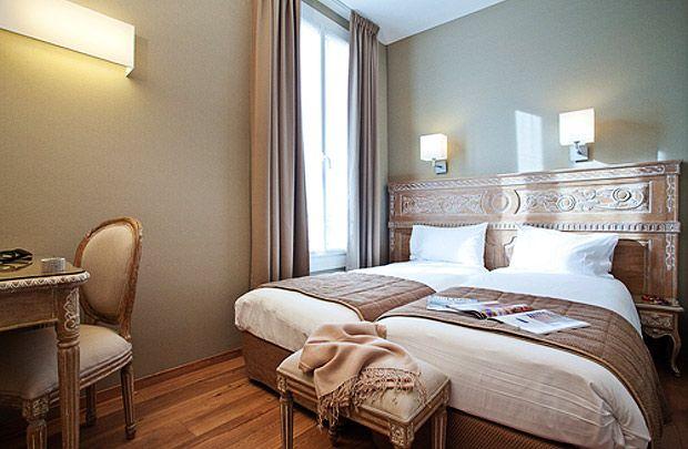 Vente Et Location De Meubles Baroques De Charme Show Room Sur Pantin Proche Paris Http Www Deco Prive Com Location De Meubles Hotel Paris Meuble Baroque
