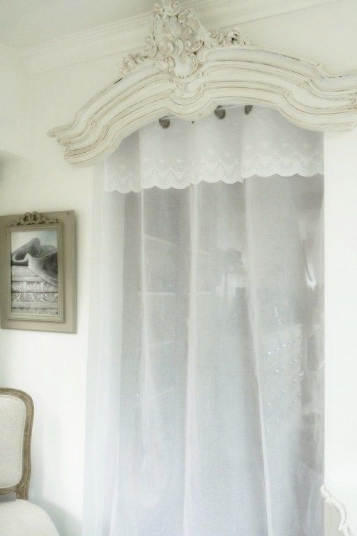 rideaux, rideau, brodés, voilages, voilage, brodé, brise bise, pointe, prêt à poser, rideau de cuisine, organza, étamine, lin : Rideau organdi & cantonnière brodée Modèle PUR