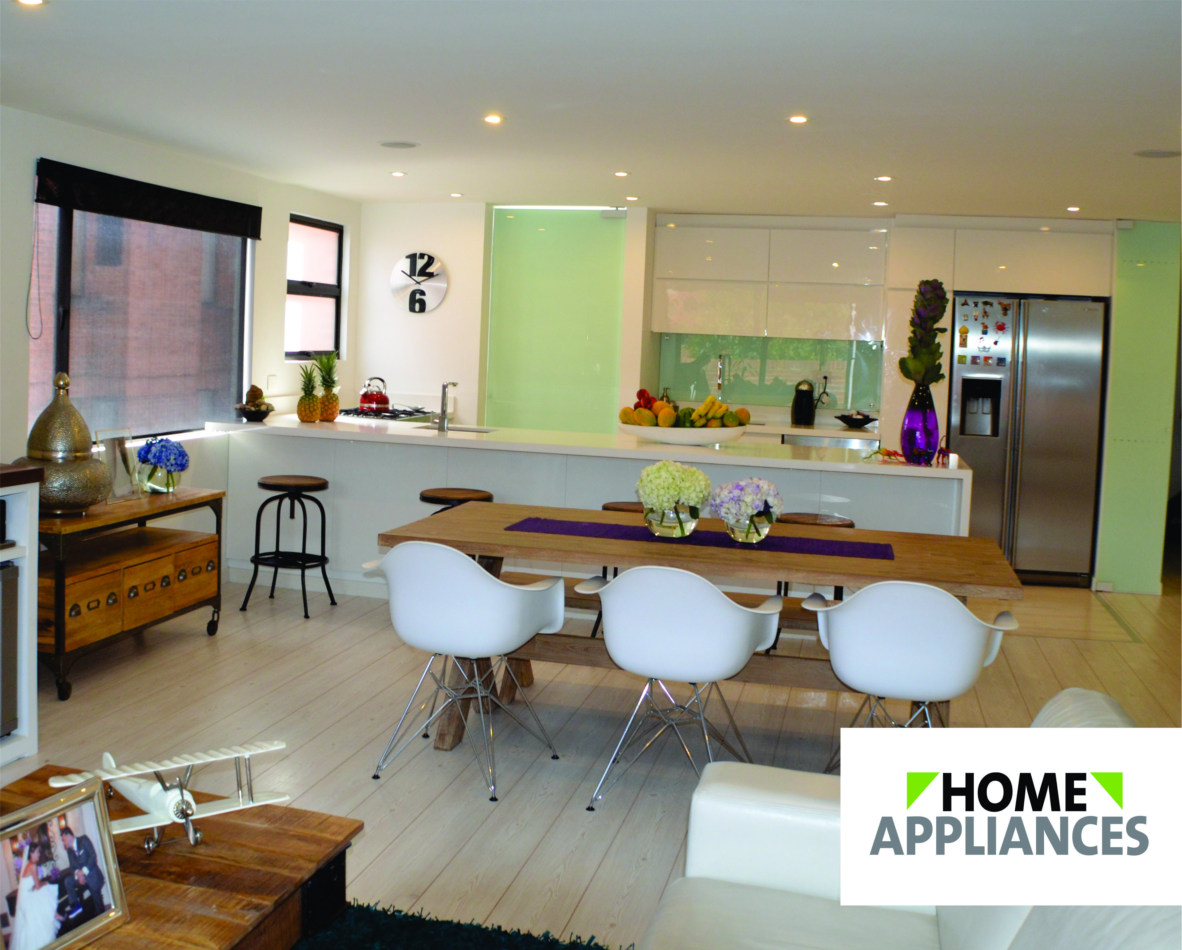 Espacios abiertos que unen familias y amigos. #Cocinas #Diseño ...