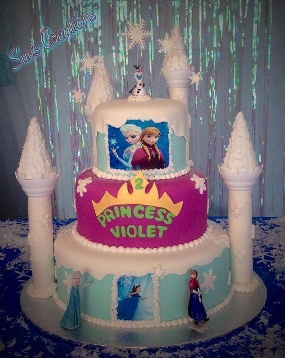 Disney's Frozen theme cake