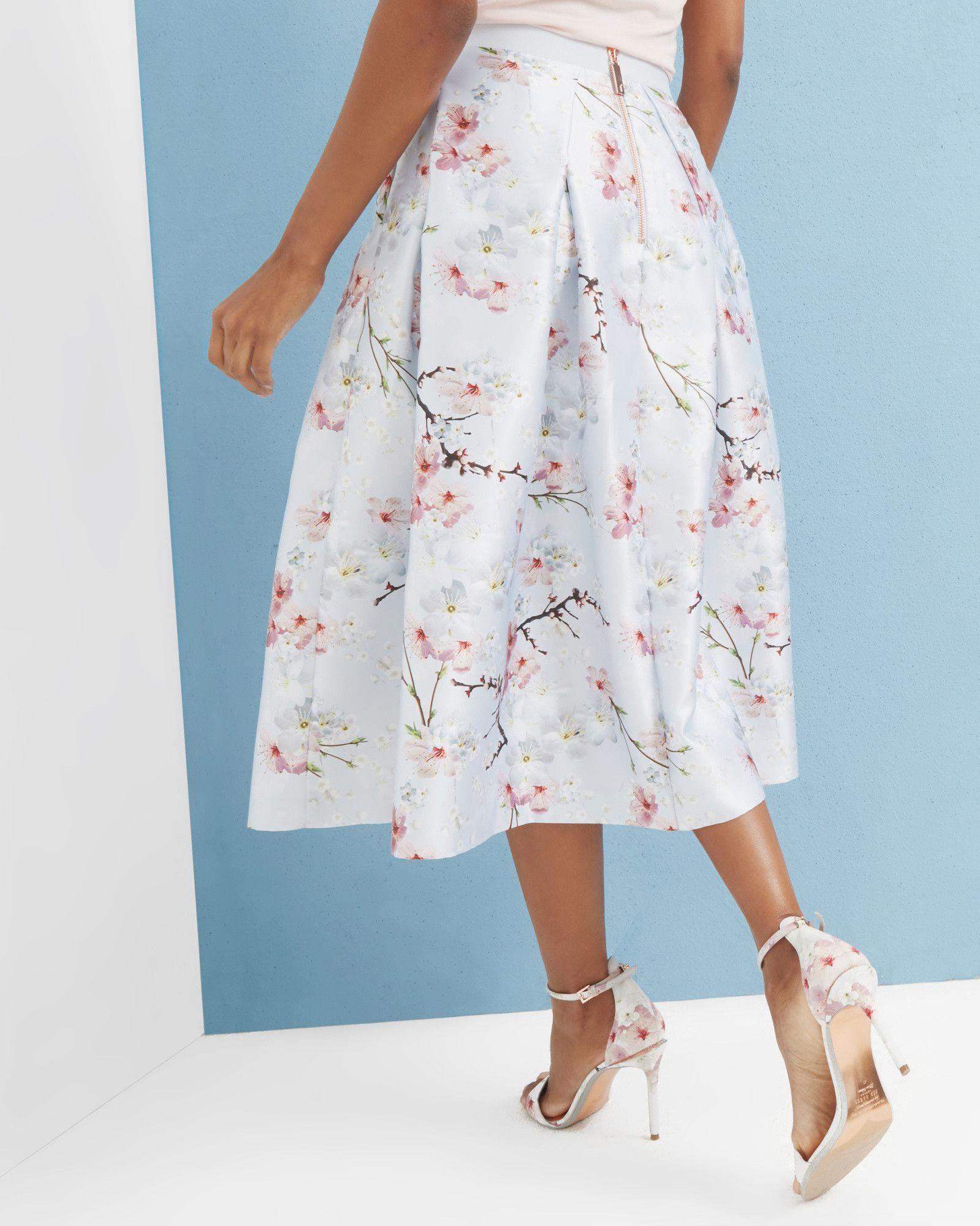 c5e06b61d021f Oriental Blossom full skirt - Light Grey