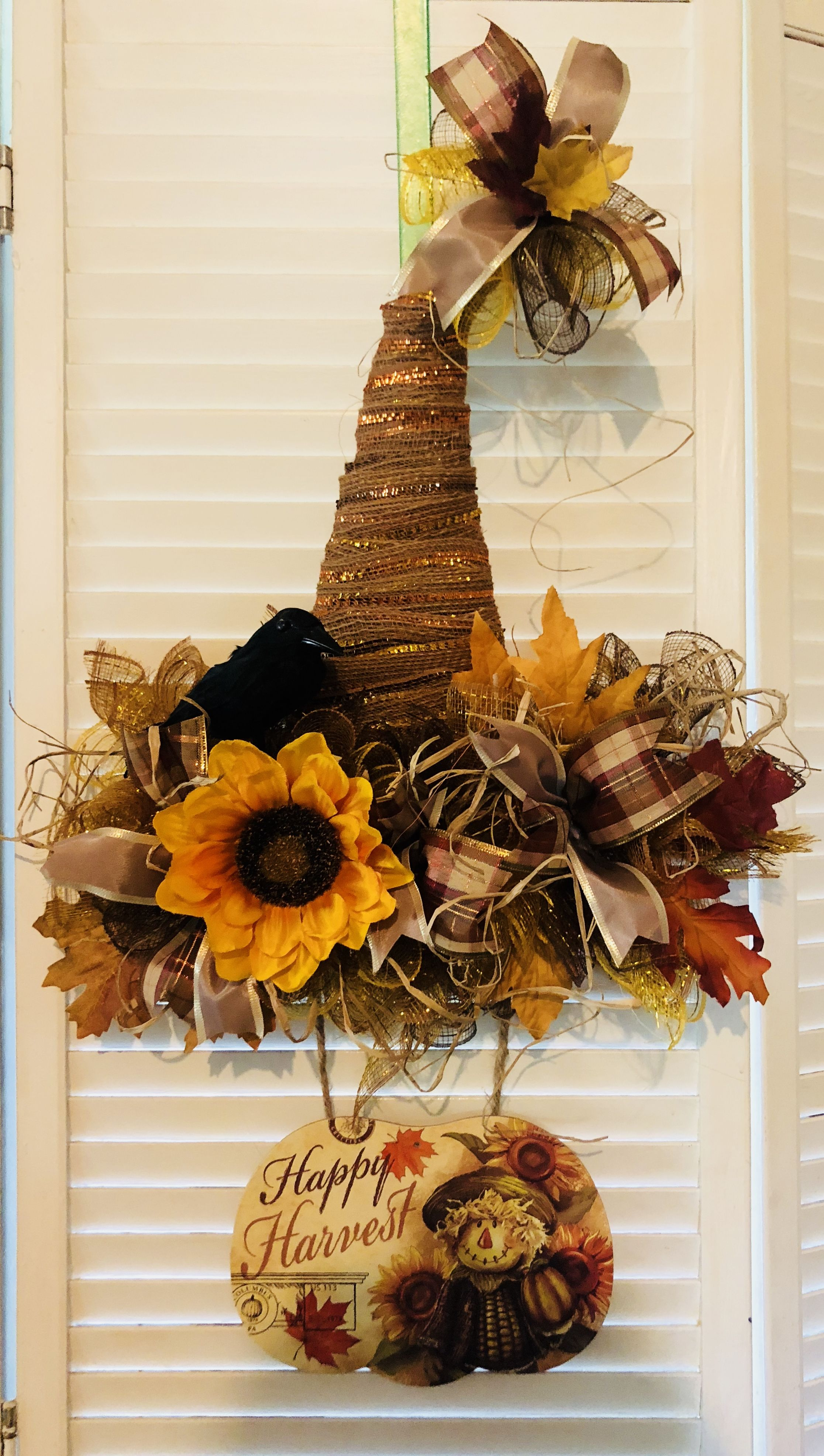 Made from Dollar Tree Witch Hat frame | Easy halloween