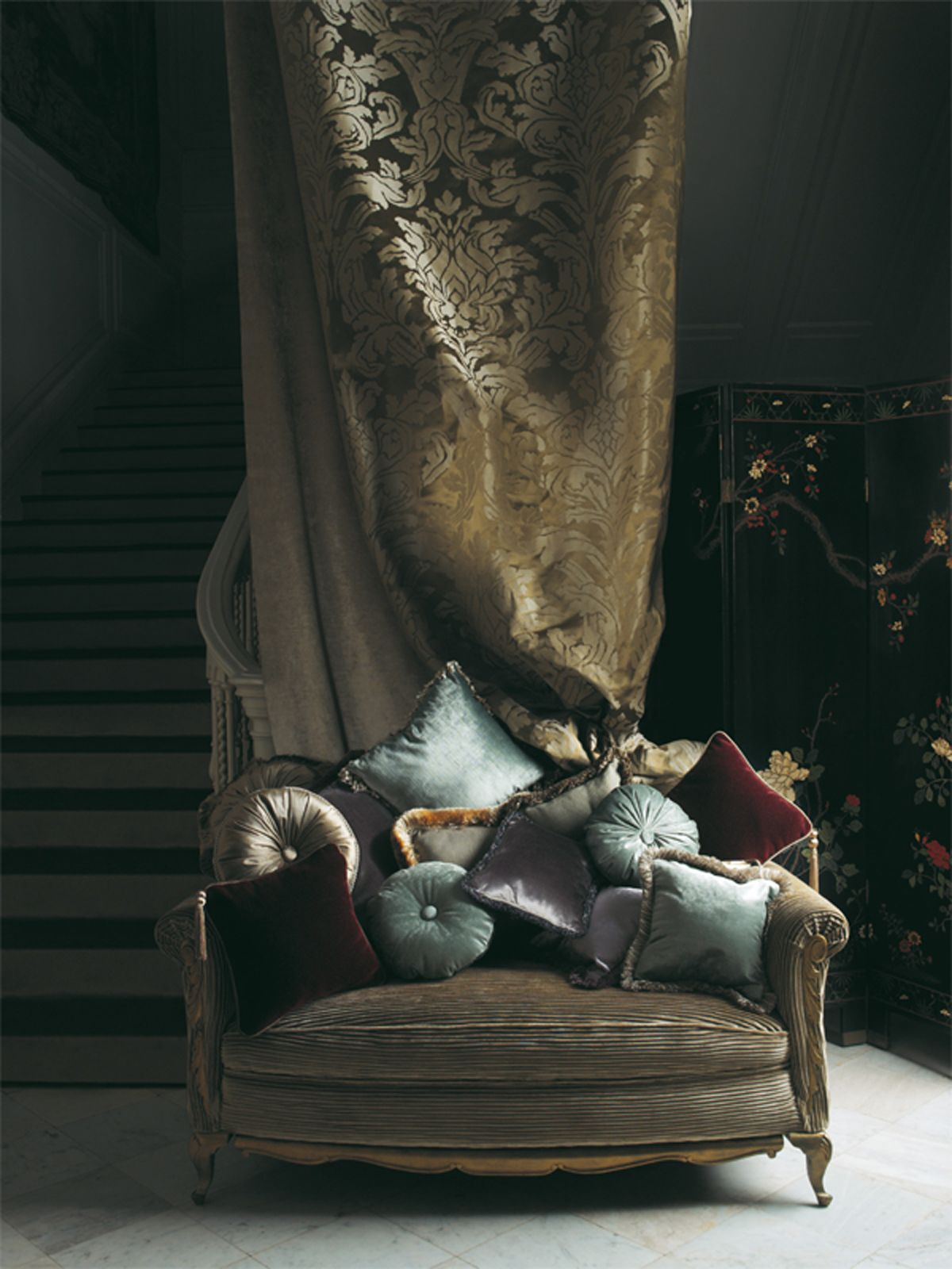 Gorgeous Pillows And Love Seat Fabrics From The Lizzo