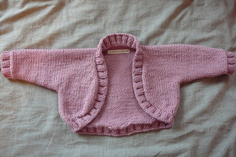 91d6eb65733f0 modele tricot bolero bebe. Boléro rose taille 3 6 mois pour Angèle