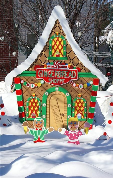 Life size gingerbread house google search gingerbread for Gingerbread house outdoor decorations