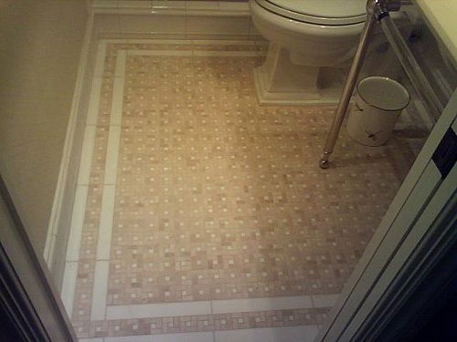 Tile bathroom floor with white border bathroom White border tiles bathrooms