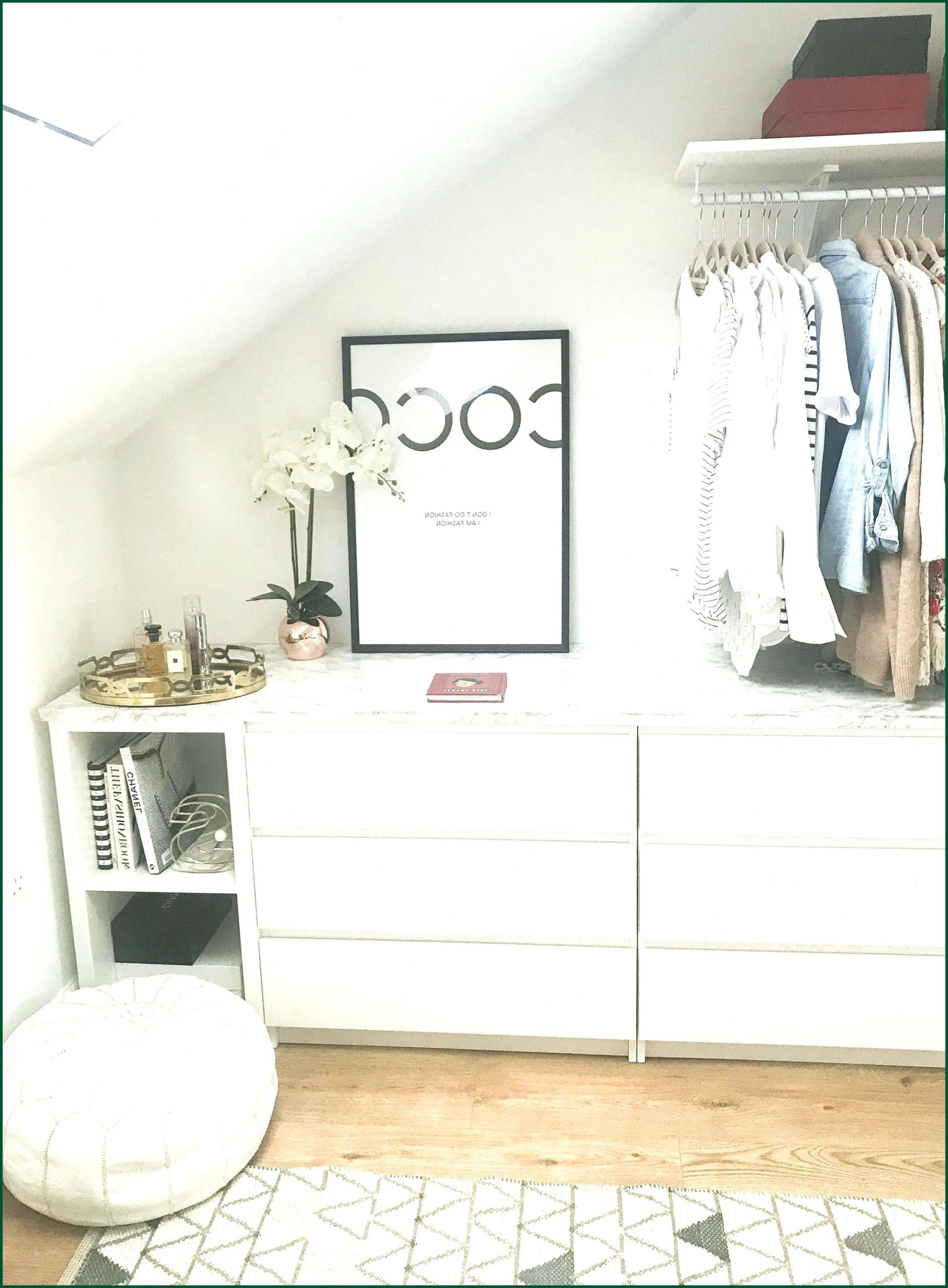 Walk In Wardobe Closet Diy Ikea Malm Kallax Hack With Marble Top Dreamhouseinter In 2020 Ikea Diy Ikea Malm Begehbarer Kleiderschrank Selber Bauen