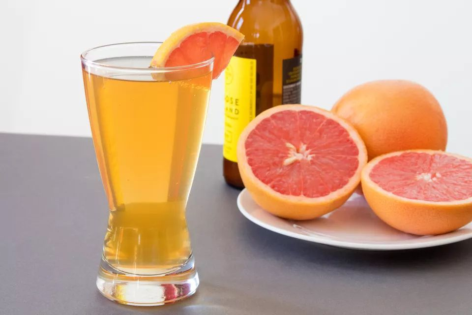 Mix Up a Fresh and Tangy Grapefruit Shandy