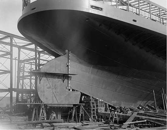 Photo Sidewheeled steamship Seeandbee being converted into the - absence note