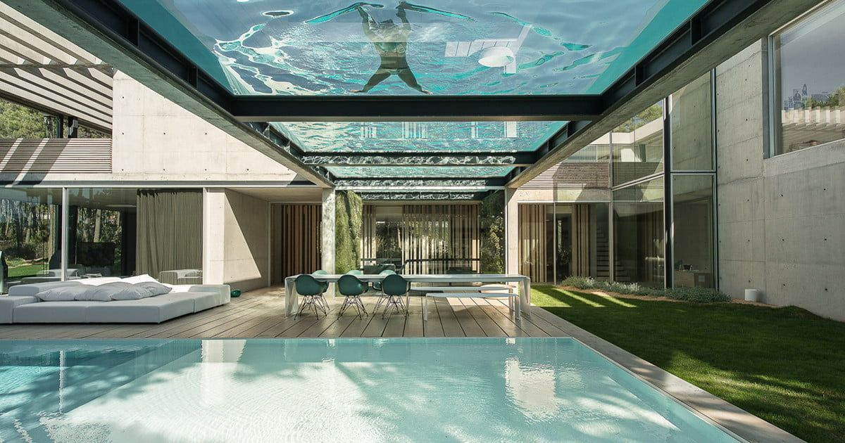 This Luxury Villa In Portugal Has A Ridiculously Cool Glass Bottom