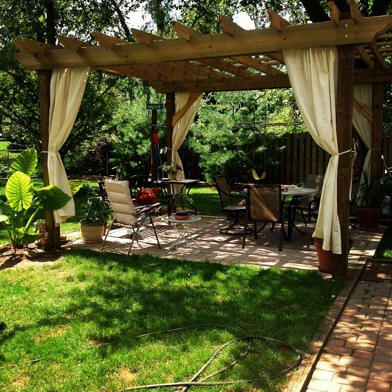 Why to build a pergola in the living room? Pergola Season! Budget Tips for Building Your Own !