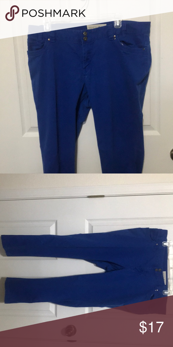 003cc5545b4 Plus Size Jegging Royal blue jegging with zipper and double button closure.  Mid-rise Fashion Bug Pants Skinny