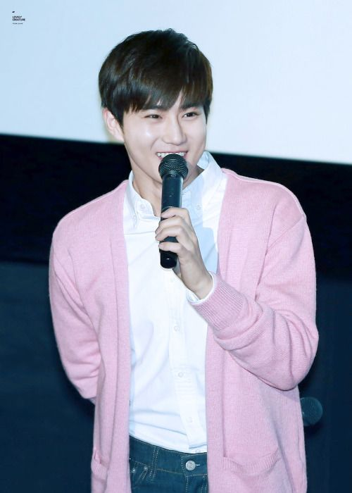 Suho - 160324 'Glory Day' stage greeting Credit: Lovely Creature. ('글로리데이' 무대인사)