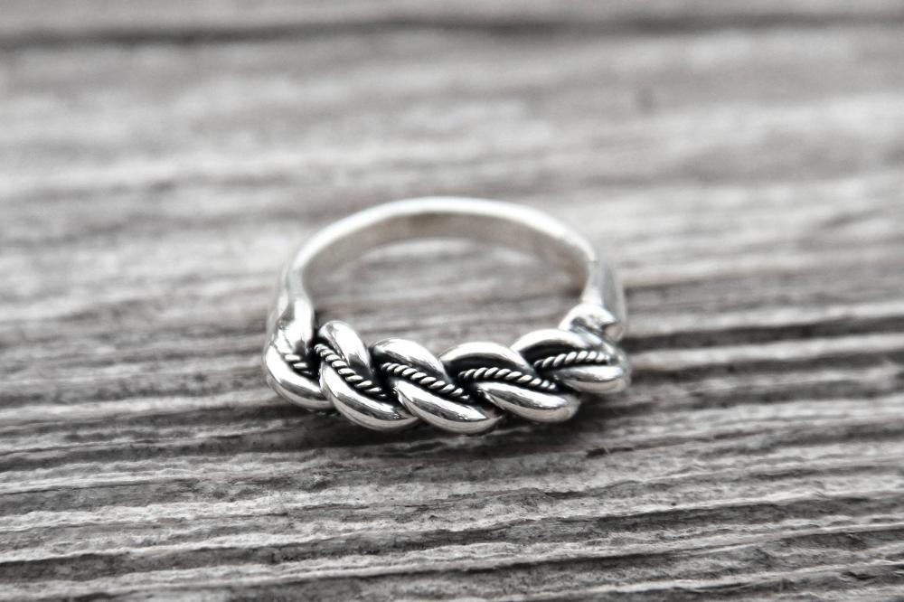 Silver Latvian Namejs ring with Bold braiding The pagan