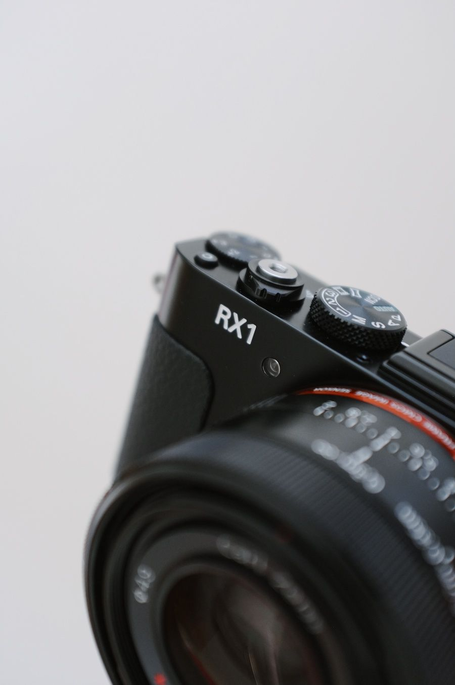 Sony RX1 Review | Blende, Lederhülle und Sony
