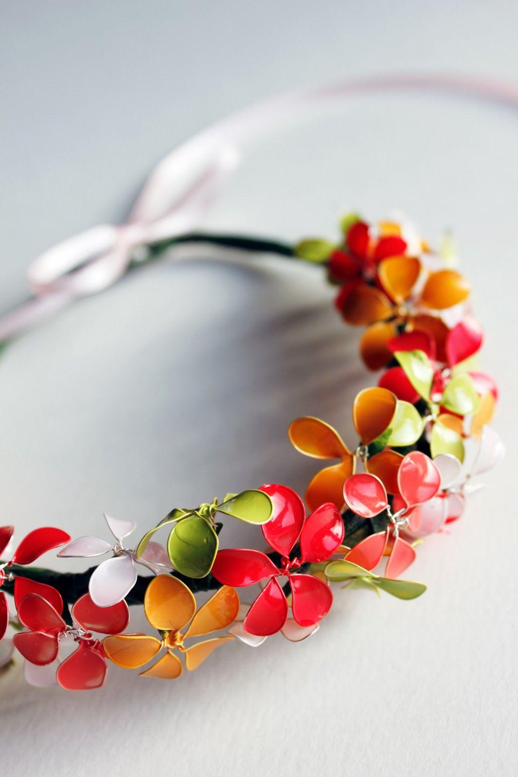 majaskreativwelt: hauchzarter Blütenkranz aus Draht und Nagellack ...
