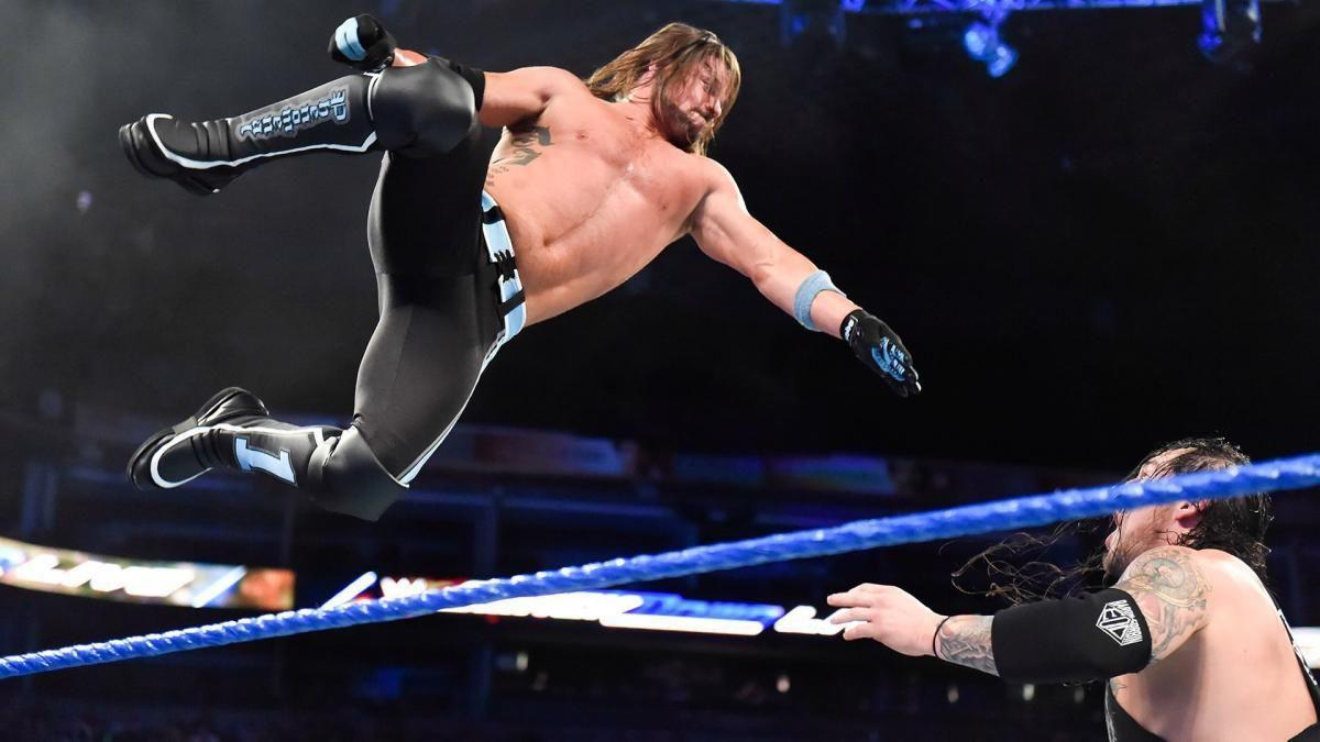 Fotos El Fenomenal Y El Lobo Solitario Reencienden Su Rivalidad Aj Styles Wwe Champions Aj Styles Wwe
