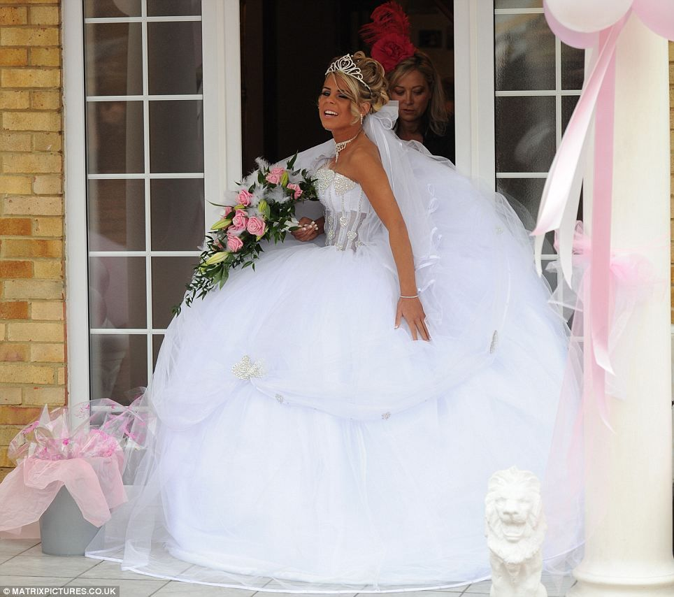 You\'ve got to hand it to her! Sixteen-year-old Big Fat Gypsy Wedding ...