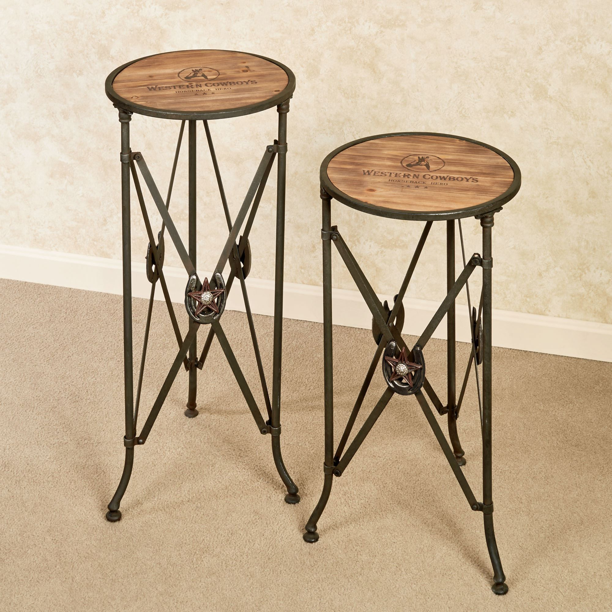 Western Star Round Accent Table Set