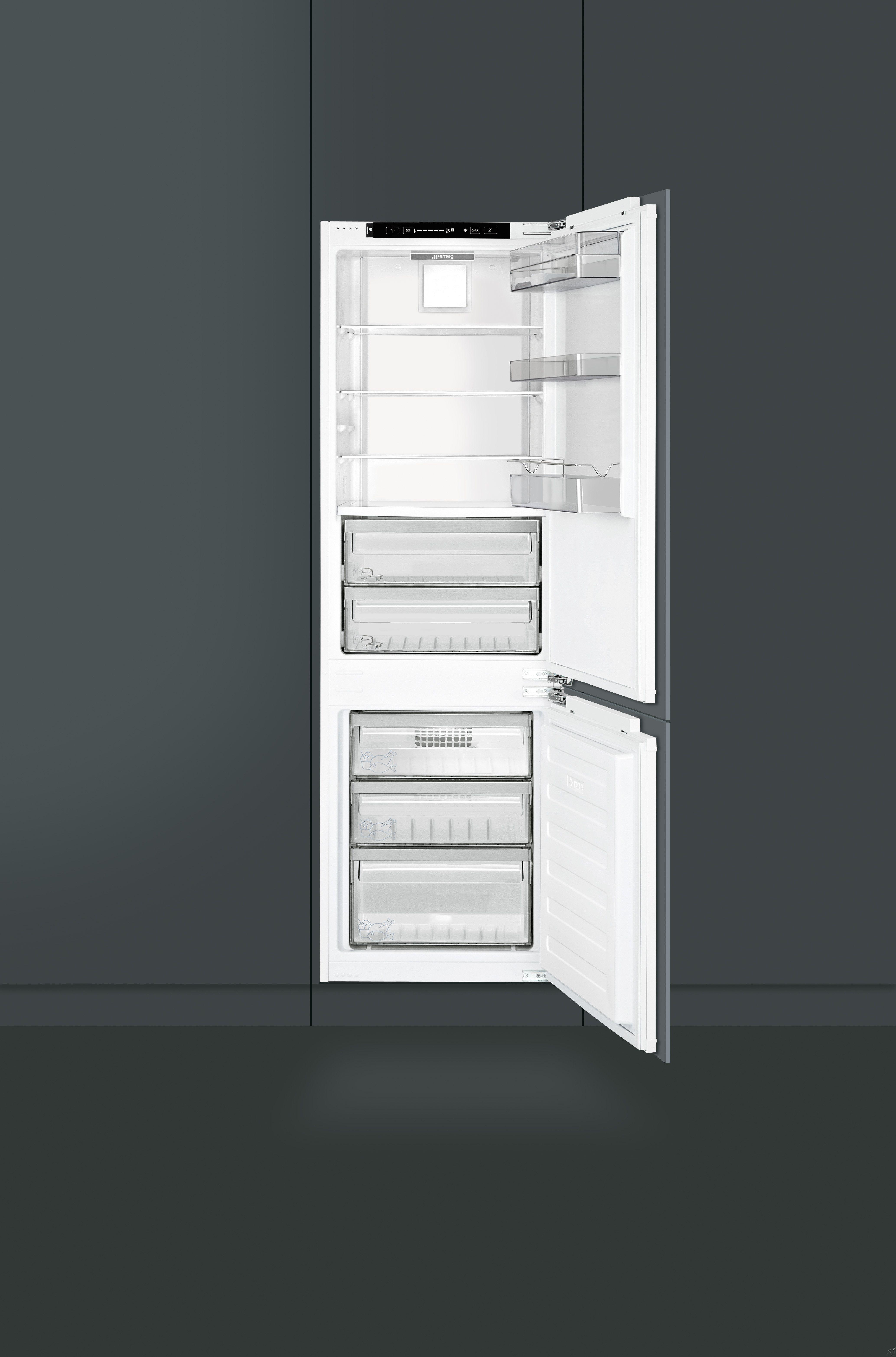 """Smeg CB300U 22"""" Built in Bottom Freezer Refrigerator with 10 Cu Ft"""