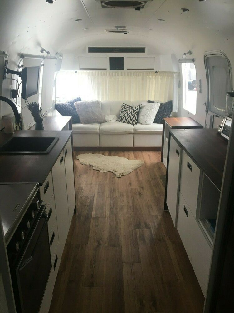 1984 Airstream Excella Airstream New Toilet Custom Bed