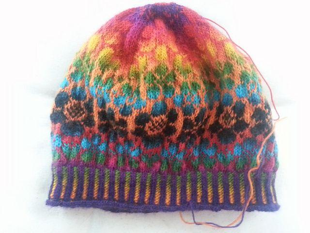 Zauberball, Maja hat. Colorwork, Fair Isle http://www.ravelry.com ...