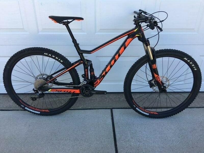 edc8d9a13eb Trek 2200 Composite (Carbon Fiber and Aluminum) Road Bike with Cateye  computer | Dream Bikes! | Road Bike, Bike, Bicycle