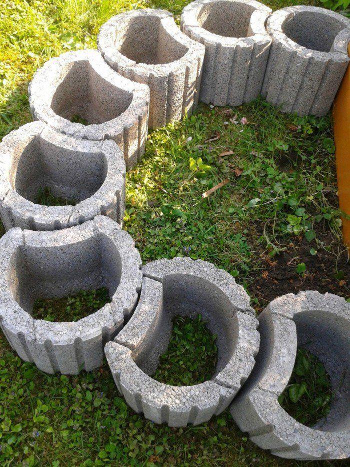 Pflanzsteine Setzen Anleitung Fur Ihre Individualisierte Gartengestaltung Gartendesign Ideen Pflanzstein Pflanzen