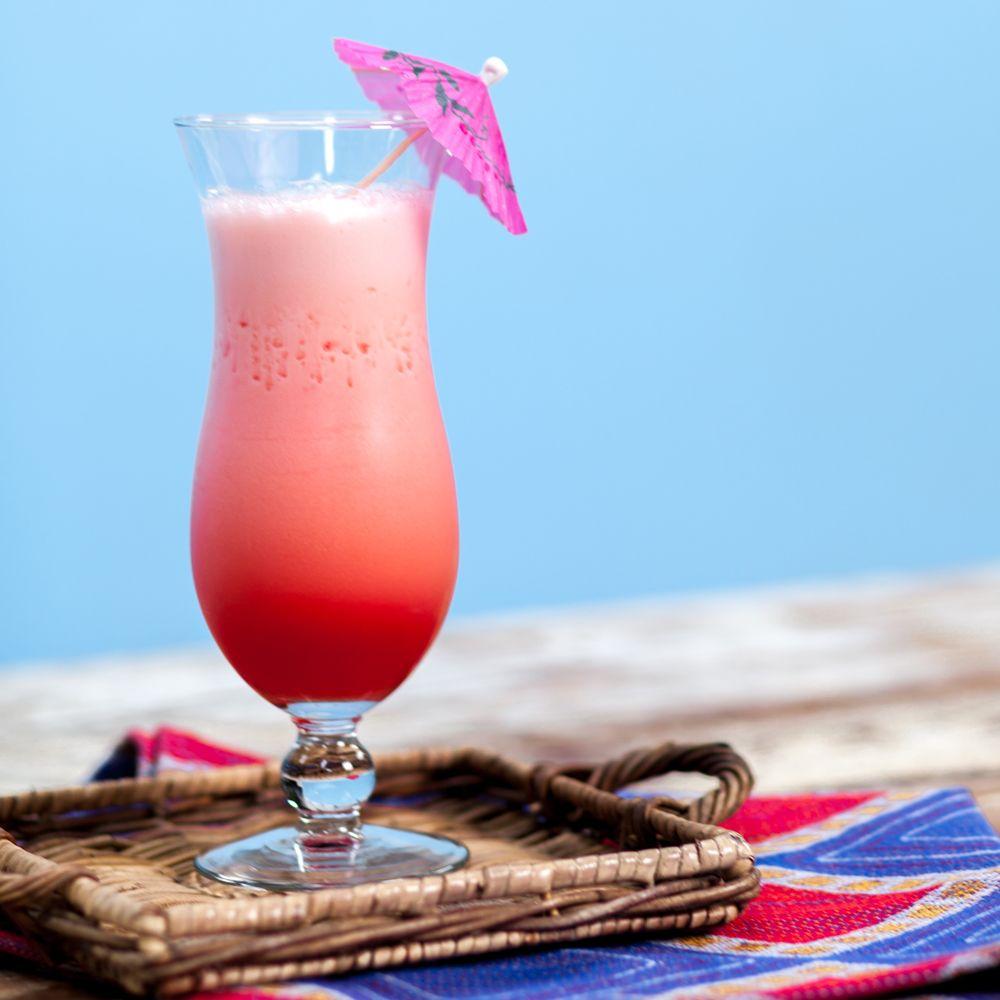 8 Tropical Island Rum Cocktails