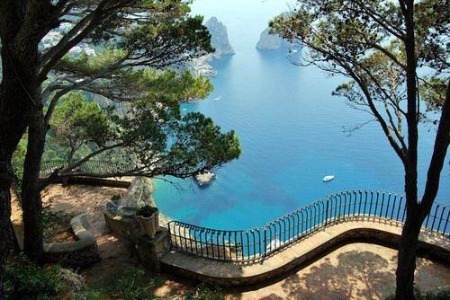 balcon, capri, and italia image