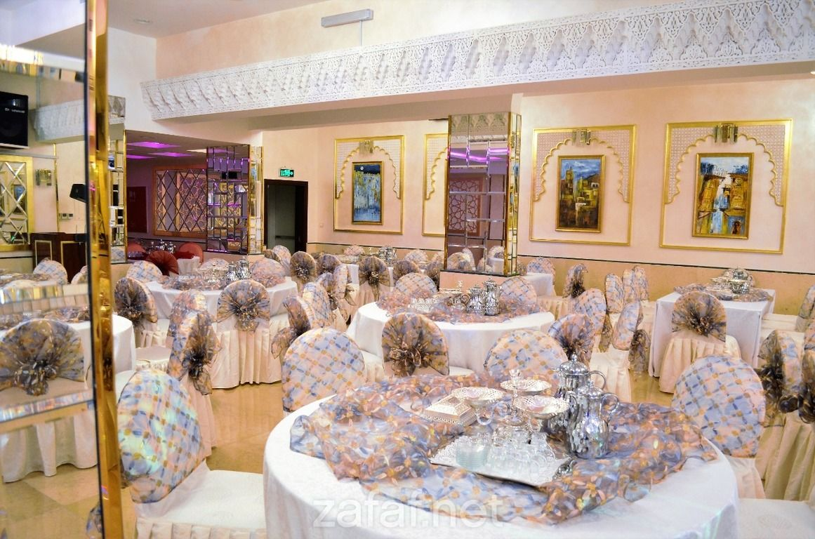 خليج جدة للأجنحة الفندقية الفنادق جدة Hotel Suites Decor Table Decorations